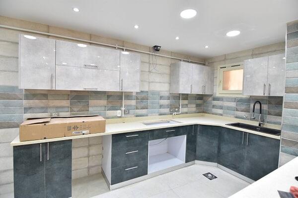 uv lak modern kitchen showifat 04